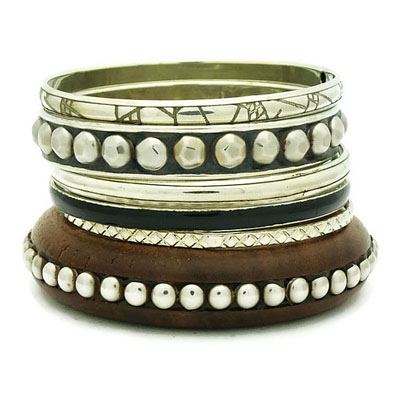 Silver Studden Bangle Set
